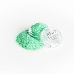 Only Lime on vaaleanvihreä kosmetiikka glitter.