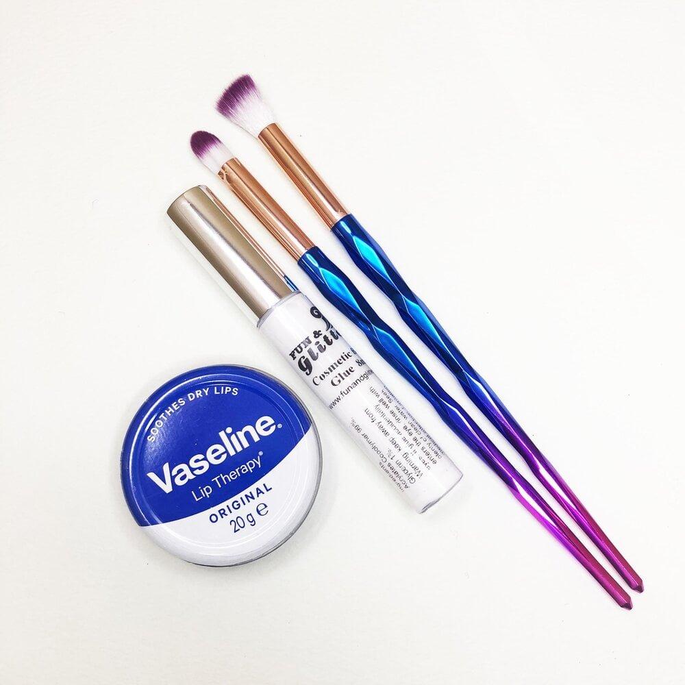 glitter makeup tools must haves vaseline brushes glue