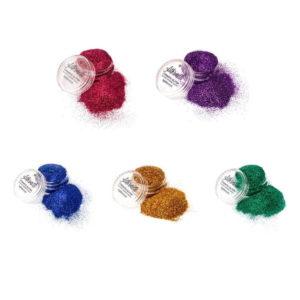 Sateenkaari glittersetti sisältää glitterit kaikissa sateenkaaren väreissä.