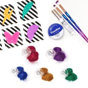 Sateenkaari glittertatuointi paketti sisältää kaiken tarvittavan glittertatuointien tekoon.