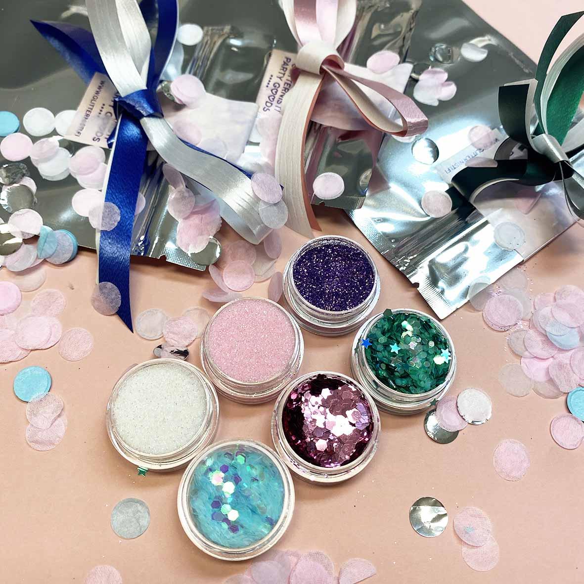Glitter lashjapussi lasten synttäreille myydään kolmessa eri värissä.